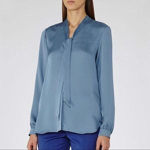 Reiss Azure Blue Textured Tie Neckline Blouse sz 8